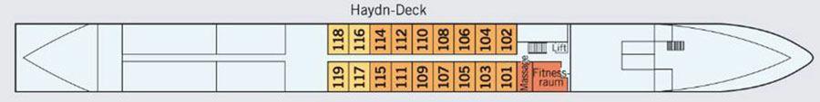 MS Amadeus Cara Haydn deck (1)