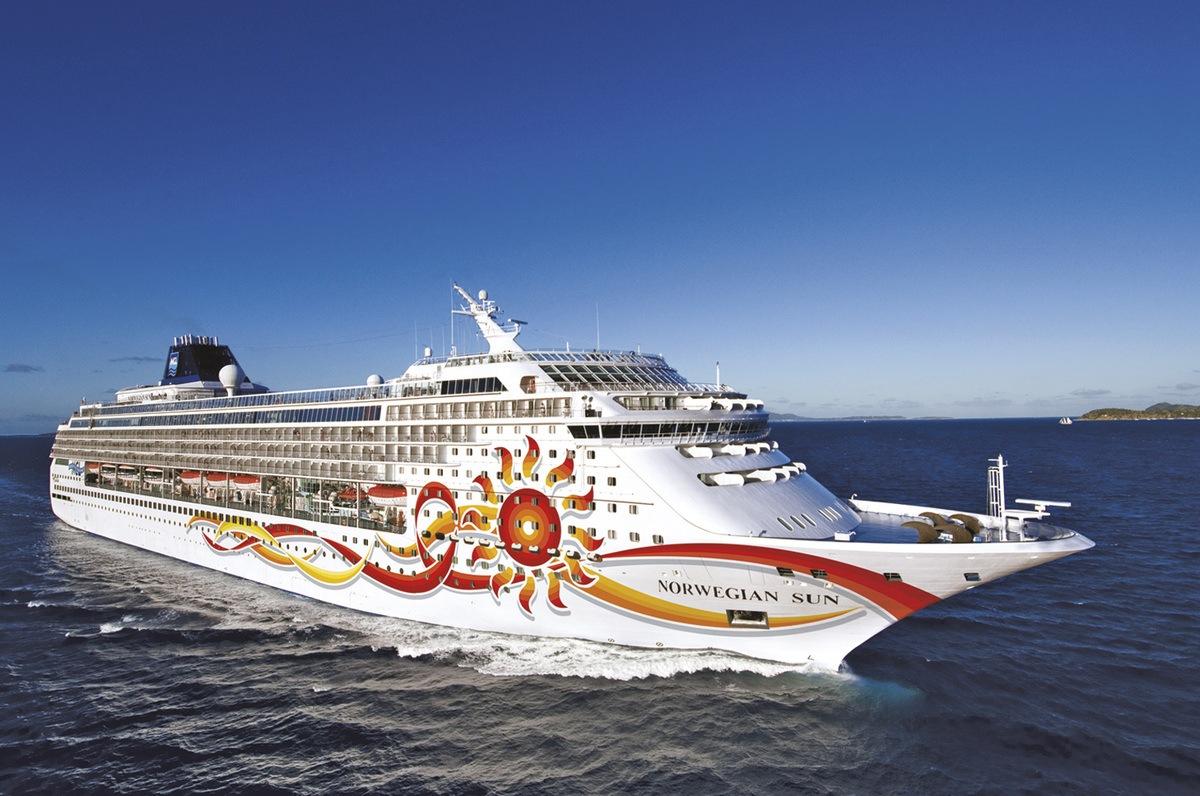 Ms norwegian sun norwegian cruise line hidden link baanklon Gallery