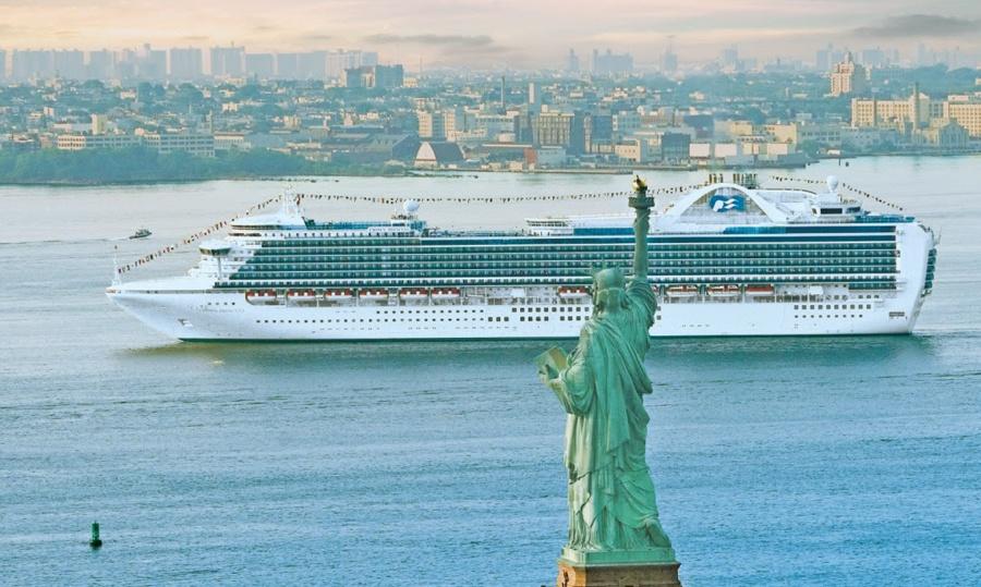 FullscreenFullscreen MS Crown Princess Princess Cruises