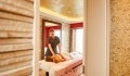 Hanseatic Nature Ocean Spa treatment room
